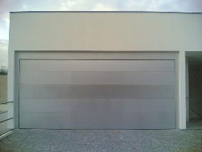 Portões Seccionados de Garagem e de Rua 3