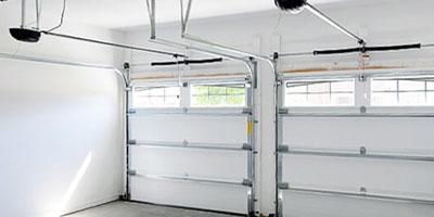 Caixilharia em Alumínio, PVC, Estores, Portões e Automatismos 4