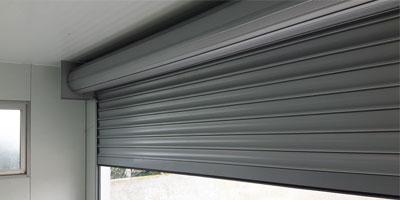 Caixilharia em Alumínio, PVC, Estores, Portões e Automatismos 5